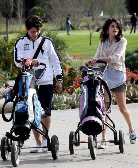 2008 セレーナ・ゴメス Selena Gomez ニック・ジョナス Nick Jonas  交際 ゴルフデート