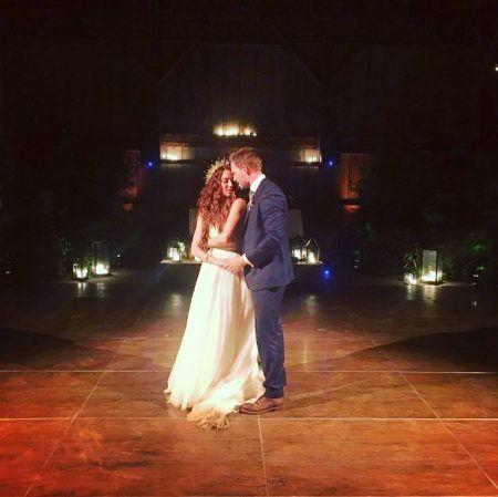 トローヤン・ベリサリオ ウェディング Troian Bellisario パトリック・J・アダムス ファーストダンス 結婚式