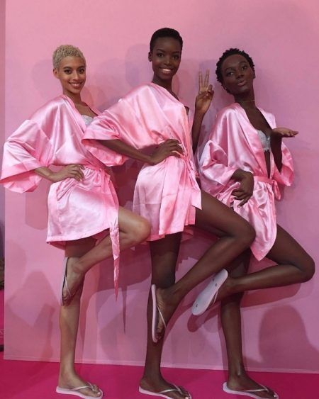 ヴィクトリアズ・シークレット・ファッションショー マリア・ボルゴ Maria Borges ヘアスタイル