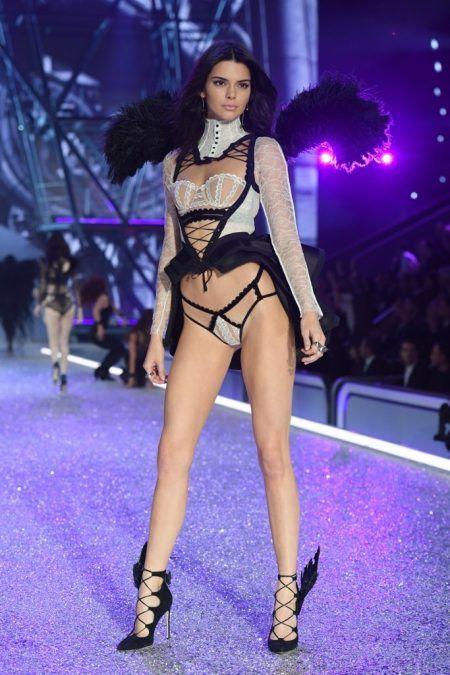2016 Victoria's Secret Fashion Show ヴィクトリアズ・シークレット・ファッションショー ケンダル・ジェナー