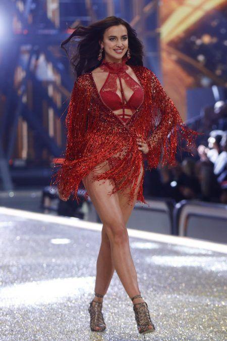 2016 Victoria's Secret Fashion Show ヴィクトリアズ・シークレット・ファッションショー イリーナ・シェイク
