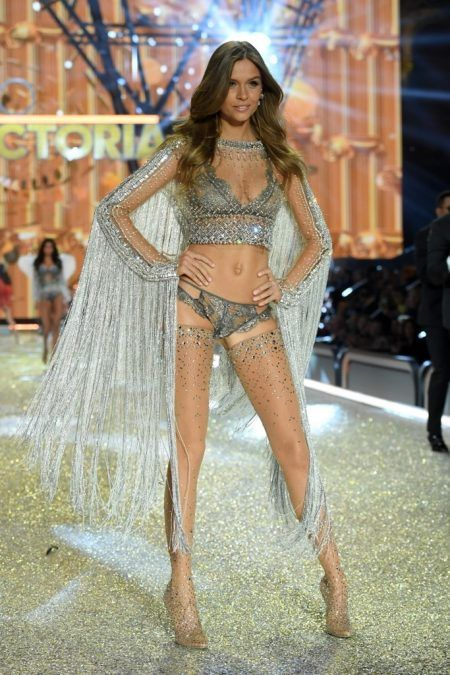 2016 Victoria's Secret Fashion Show ヴィクトリアズ・シークレット・ファッションショー ジョセフィン・スクライヴァ―