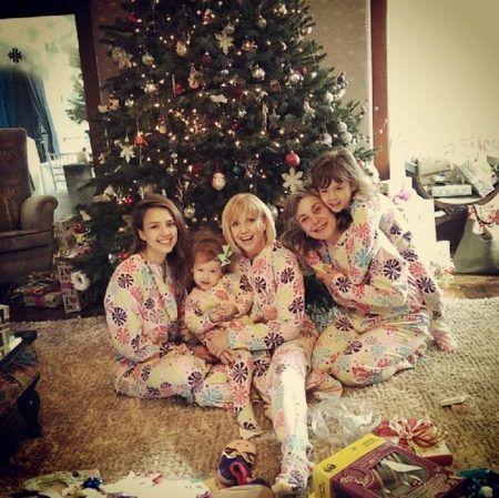 クリスマス おそろいパジャマ ジェシカ・アルバ Jessica Alba