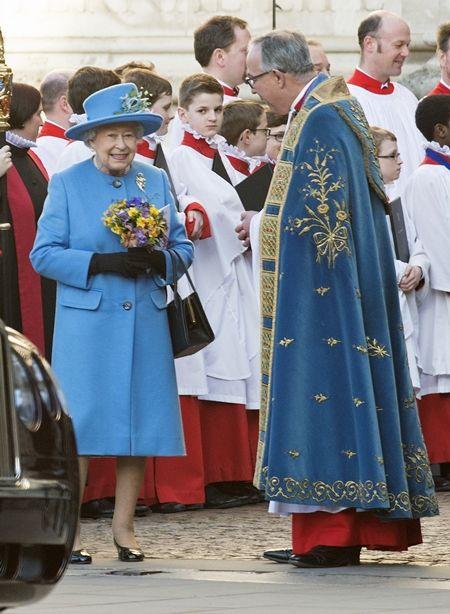 エリザベス女王  Queen Elizabeth イギリス 2016年 総まとめ 総集編 1年を振り返り コモンウェルス・デー 英連邦諸国の日 3月 ファッション