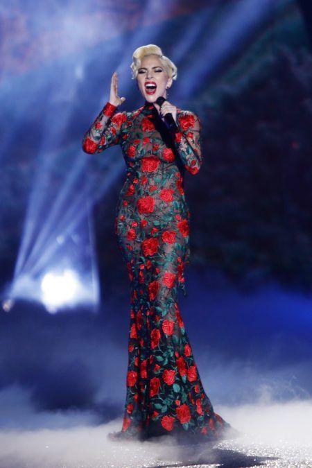 2016 Victoria's Secret Fashion Show ヴィクトリアズ・シークレット・ファッションショー レディー・ガガ