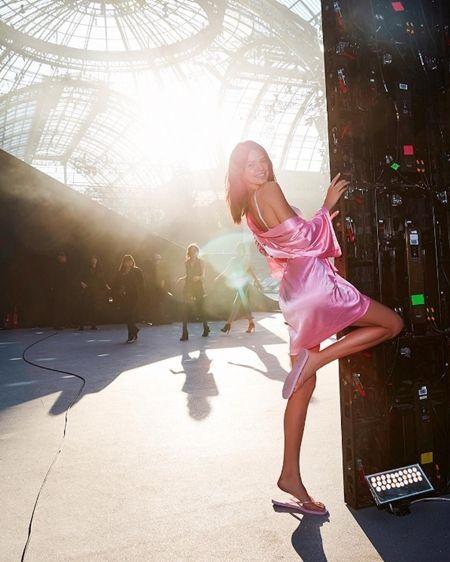 ケンダル・ジェナー kendall jenner Victoria's Secret ヴィクトリアズ・シークレット ファッションショー パリ バックステージ 裏側 舞台裏 リハーサル