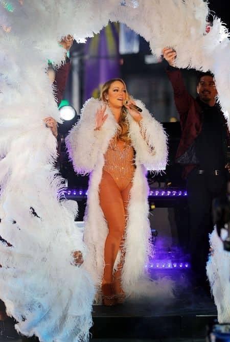 マライア・キャリー Mariah Carey 解雇 クリエイティヴ・ディレクター ダンサー 振付師 ニューイヤーズイヴ ライヴ タイムズスクエア NY