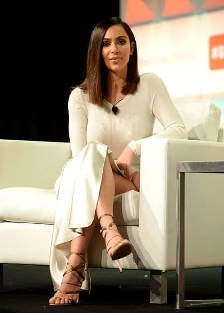 キム・カーダシアン Kim Kardashian  SNS復活 復帰 ツイッター インスタグラム スナップチャット 13週間ぶり