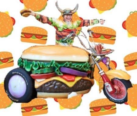 世界で最も多くのハンバーガー関連グッズを収集した人 「ハンバーガー・ハリー」ことハリー・シュペール