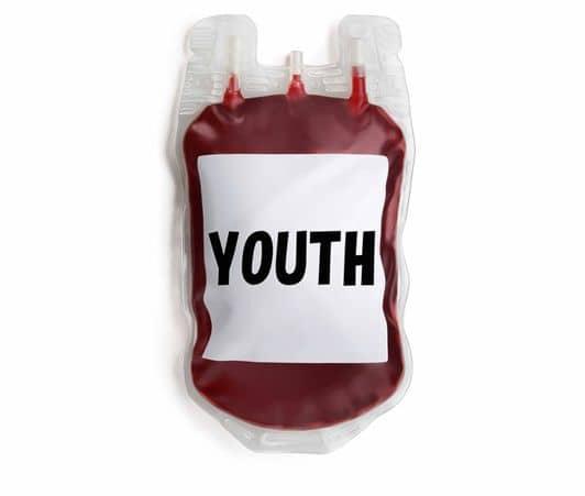 輸血袋 若者の血を輸血