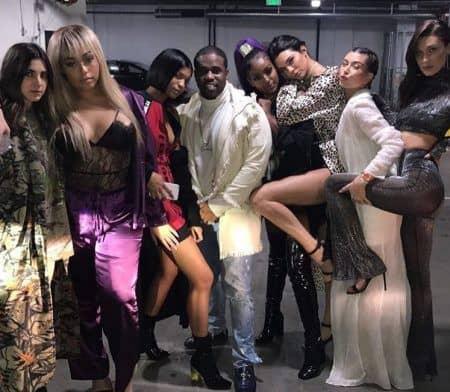 ケンダル・ジェナー Kendall Jenner ベラ・ハディッド Bella Hadid  ヘイリー・ボールドウィン Hailey Baldwin 2017 年末年始 カウントダウン パーティ クラブ