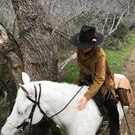 レディー・ガガ 乗馬 セレブの正月太り解消法