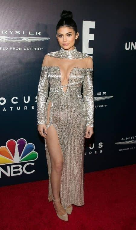 ゴールデン・グローブ賞 アフターパーティ ドレス カイリー・ジェンナー Kylie Jenner
