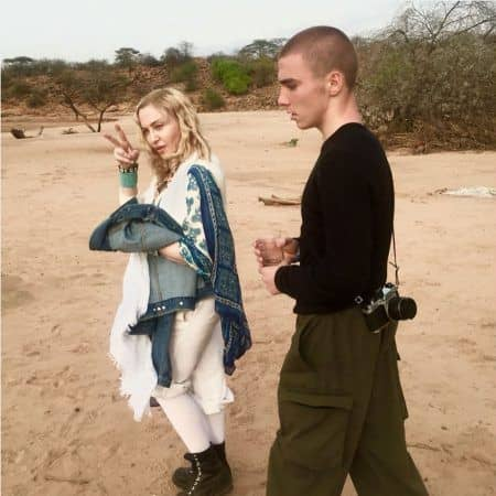 マドンナ Madonna ロッコ Rocco マラウイ 訪問