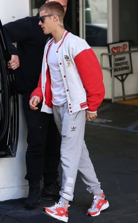 ジャスティン・ビーバー Justin Bieber ヘアスタイル 坊主 2回目 お気に入り ヘアチェンジ ヘアスタイル