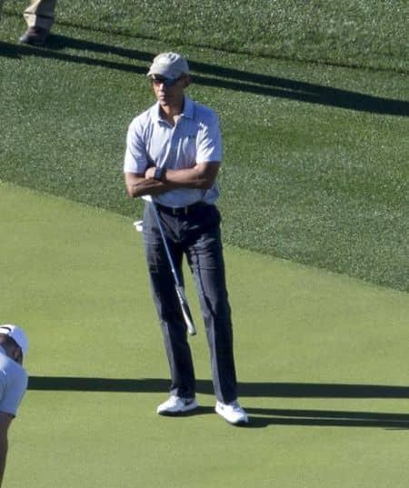 バラク・オバマ Barack Obama  バケーション 休暇 旅行 パームスプリングス ゴルフ 一人 リラックス 一人でゴルフ