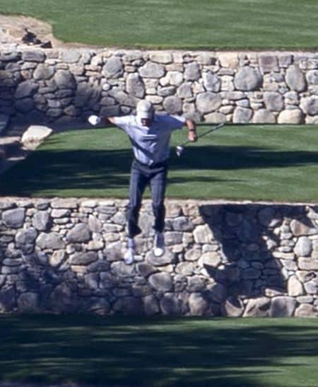 バラク・オバマ Barack Obama  バケーション 休暇 旅行 パームスプリングス ゴルフ 一人 リラックス 飛び降りる 一般人 近況 最近