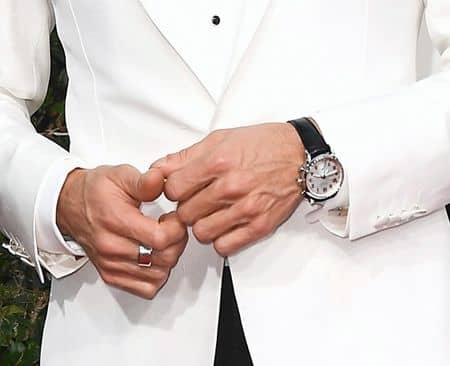 ジェレミー・レナー Jeremy Renner ゴールデングローブ賞 ティファニー Tiffany ジュエリー 人気 ネックレス 指輪 時計 カフス