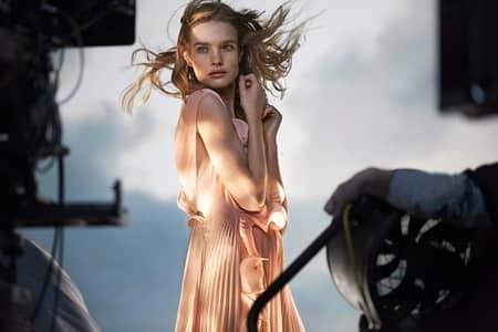 H&M 海洋廃棄 ペットボトル ファッション リサイクル コレクション コンシャス・エクスクルーシブ ナタリア・ヴォディアノヴァ