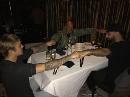 ジャスティン・ビーバー Justin Bieber 友人 ディナー