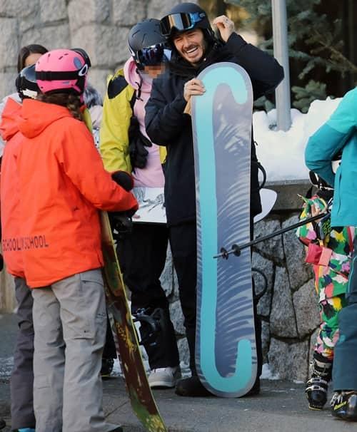 デヴィッド・ベッカム David Bekcham 一家でカナダでスノーボード