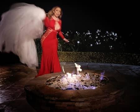 マライア・キャリー シングル曲「アイ・ドントミュージックビデオ ウェディングドレス燃やすシーン