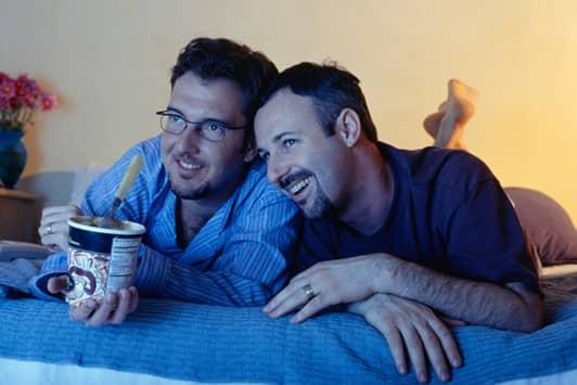 同性カップル TV視聴 ネットフリックス・チーティング Netflix Cheating