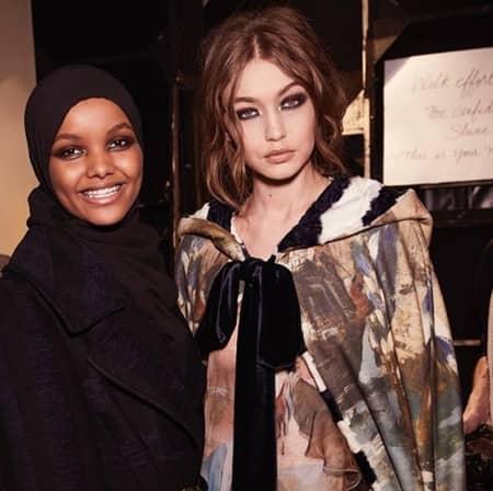 ハリマ・アデン Halima Aden ジジ・ハディッド Gigi Hadid モデル 難民 ケニアの難民キャンプ ミス・ミネソタ Yeezy Maxmara Alberta Ferretti 注目モデル ランウェイ ヒジャブ CR Fashion Book イスラム教徒