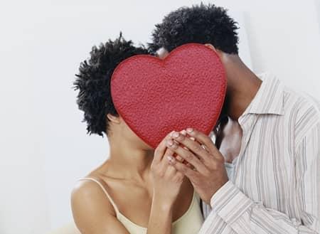 欧米と日本のブラジャー事情 バレンタインデー プレゼント おそろい イタリア ギャレンタインズデー 欧米 独女 女子会