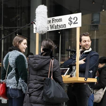 エマ・ワトソン iPadをとして2ドルで人生相談 デレク・ブラスバーグ