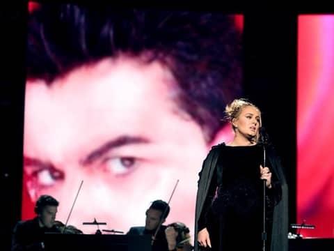 アデル ジョージ・マイケル ワム! 追悼 グラミー賞 パフォーマンス Adele Grammy Wham Tribute George Michael