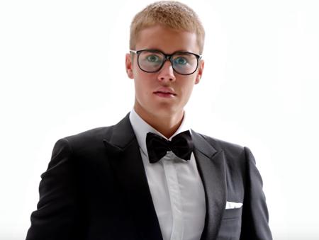 ジャスティン・ビーバー CM  Tモバイル スーパーボウル アメフト Justin Bieber Super Bowl  Football
