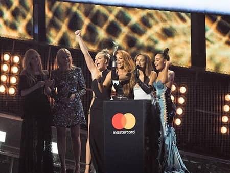 リトル・ミックス ブリット・アウォーズ 初受賞 シャウト・アウト・トゥ・マイ・エックス Little Mix Brit Awards 2017 Win First time
