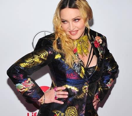 マドンナ Madonna