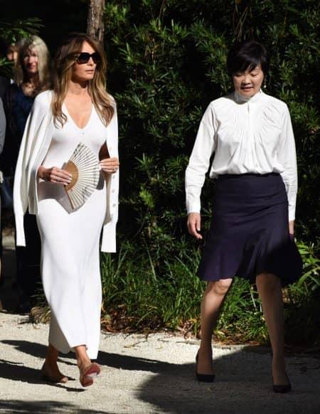 メラニア・トランプ Melania Trump 安倍昭恵 交流 衣装 セットアップ ワンピース Calvin Klein カルヴァン・クライン