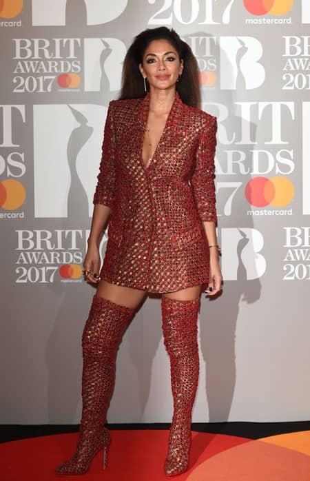 ニコール・シャージンガー Nicole Scherzinger 第37回 ブリット・アワード Brit Awards 2017 レッドカーペット ドレス 着用ブランド 早出し いち早く公開