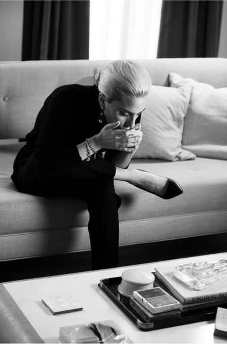 レディー・ガガ Lady Gaga ティファニー Tiffany & Co. スーパーボウル アメリカンフットボール 広告 NY 放送