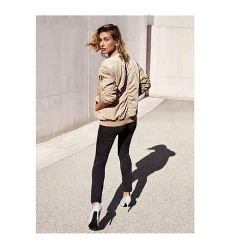 ヘイリー・ボールドウィン Hailey Baldwin H&M Denim Days デニム 新キャンペーン 広告塔 人気モデル