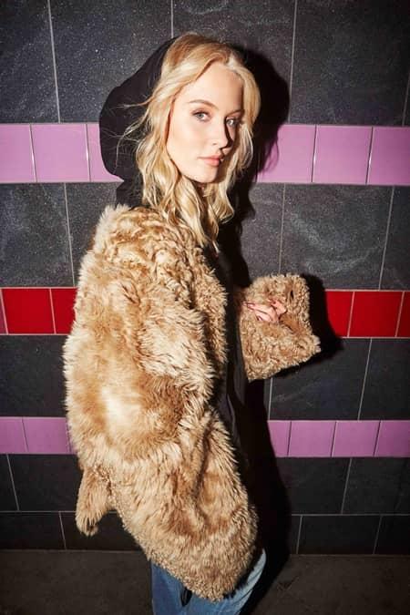 ザラ・ラーソン Zara Larsson アーティスト写真