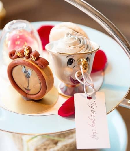 美女と野獣 アフタヌーンティー ロンドン ザ・ケンジントン・ホテル 話題 かわいい コグスワース ミセス・ポット チップ キャラクター バラ 世界観そのまま