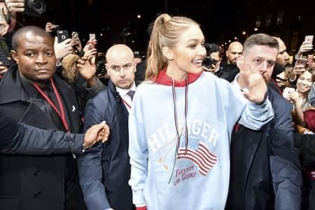 ジジ・ハディッド Gigi Hadid  パリ イベント ディナー TOMMYXGIGI #TOGETHERTOUR