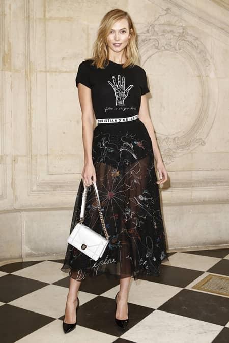 カーリー・クロス Karlie Kloss クリスチャン・ディオール Christian Dior パリファッションウィーク ストリート スナップ セレブ フロントロウ お手本 海外