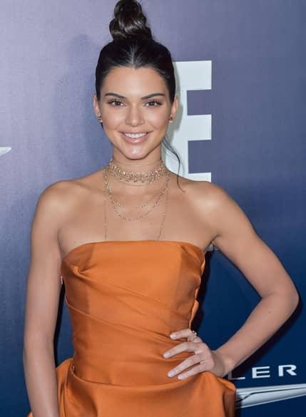 ケンダル・ジェンナー Kendall Jenner セレブのストレス対処法 NBCUniversal's 74th Annual Golden Globes After Party