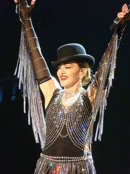 マドンナ Madonna in concert 'Rebel Heart Tour' in Miami, Florida セレブのストレス対処法