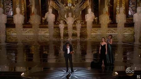 ケイシー・アフレック Casey Affleck ブリー・ラーソン Brie Larson ハグ 握手しない レイプ被害者 第89回アカデミー賞 オスカー 主演男優賞 受賞 性的暴力 2人に訴えられる 示談 ゴールデン・グローブ賞