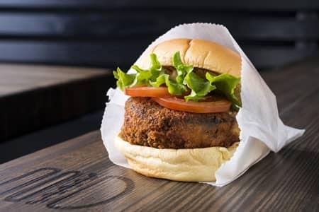 シェイクシャック Shake Shack シュルームバーガー 'Shroom Burger ベジタリアン ハンバーガー マッシュルーム チーズ ヘルシー