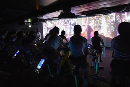 CYCLE & STUDIO R  Shibuya VR Cycling The Trip バーチャルリアリティサイクリング