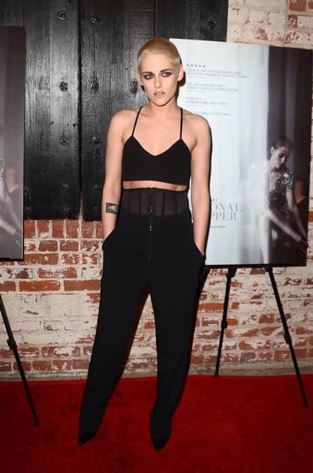 クリステン・スチュワート パーソナルショッパー 映画 坊主 イメチェン Kristen Stewart Shaved Head Movie Personal Shopper
