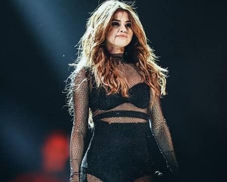 セレーナ・ゴメス リバイバル ツアー Selena Gomez Revival tour