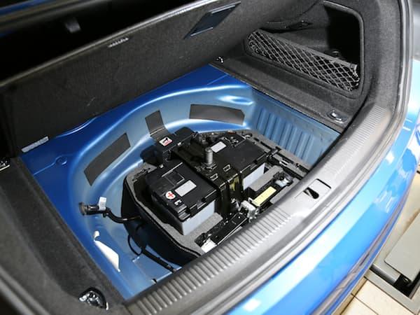 130509-Battery-2.jpg
